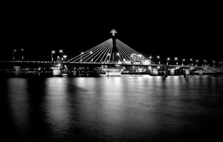 Cầu Sông Hàn Bridge at night